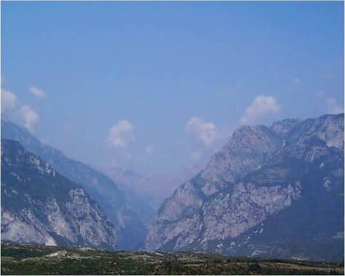 Valbona Gorge Entrance