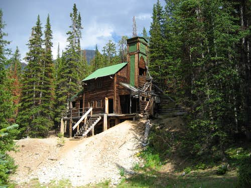 Wolf Creek Minehouse in Kirwin