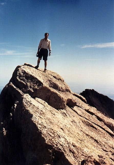 The tilting summit block of...