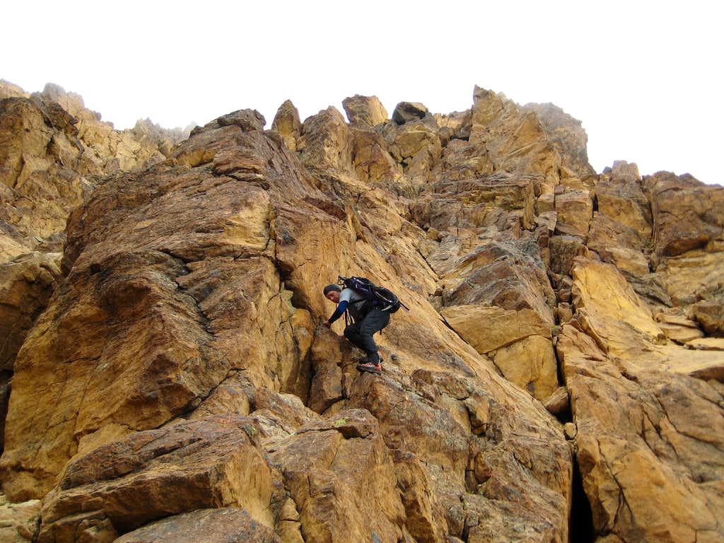 Descending the southeast ridge of North Twin