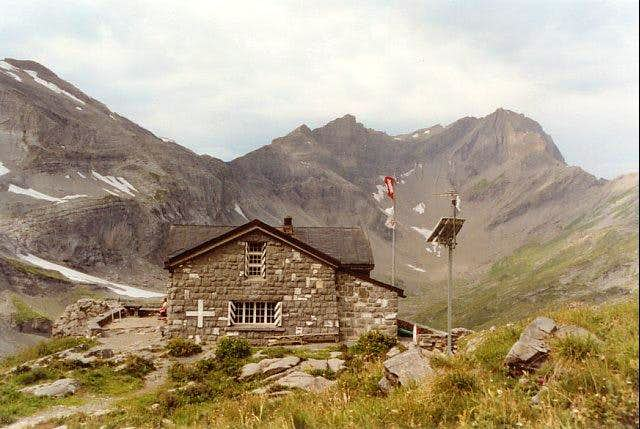 Susanfe Hut on the normal...