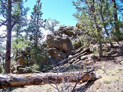 Rocky Summit Outcrop of UN 9895B