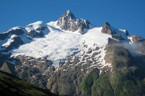 Dôme de Neige des Glaciers and Aiguille des Glaciers