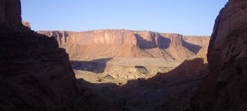 Syncline Canyon