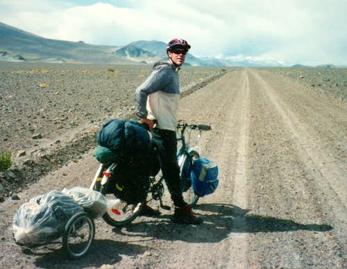 Mountain bike and home-made trailer in the Atacama desert