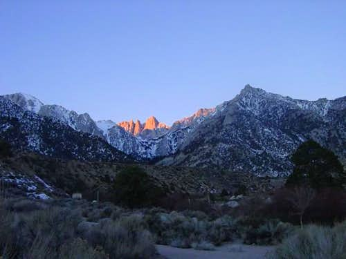 Dawn from Lone Pine campground