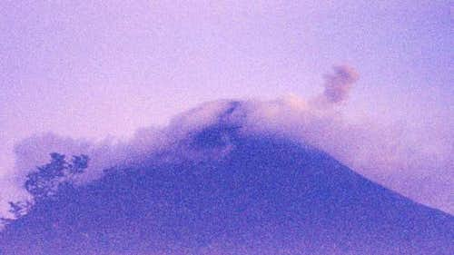 Exploding Volcan Arenal. To...