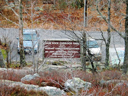 Dan\'s Rock Overlook Park sign