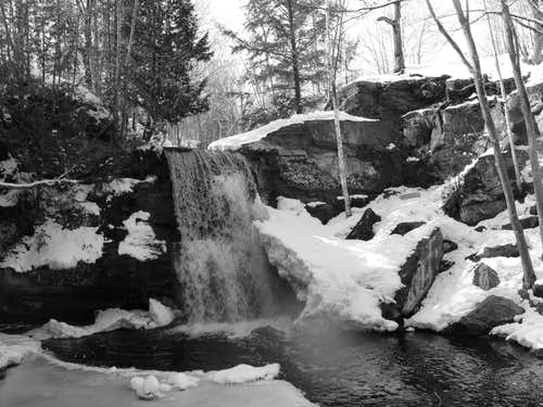 Keweenaw Falls Winter '08