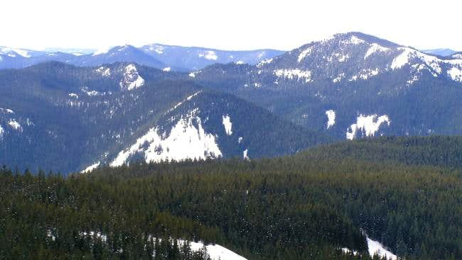 Devils Peak as seen from Tom...