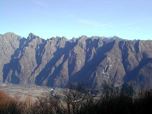 The whole ridge of Corni di Nibbio