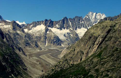 Lauteraarhorn,Schreckhorn and Unteraar glacier from Grimsel