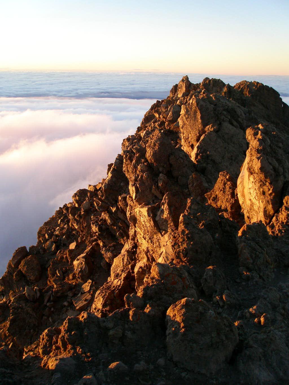 The summit ridge of Meru