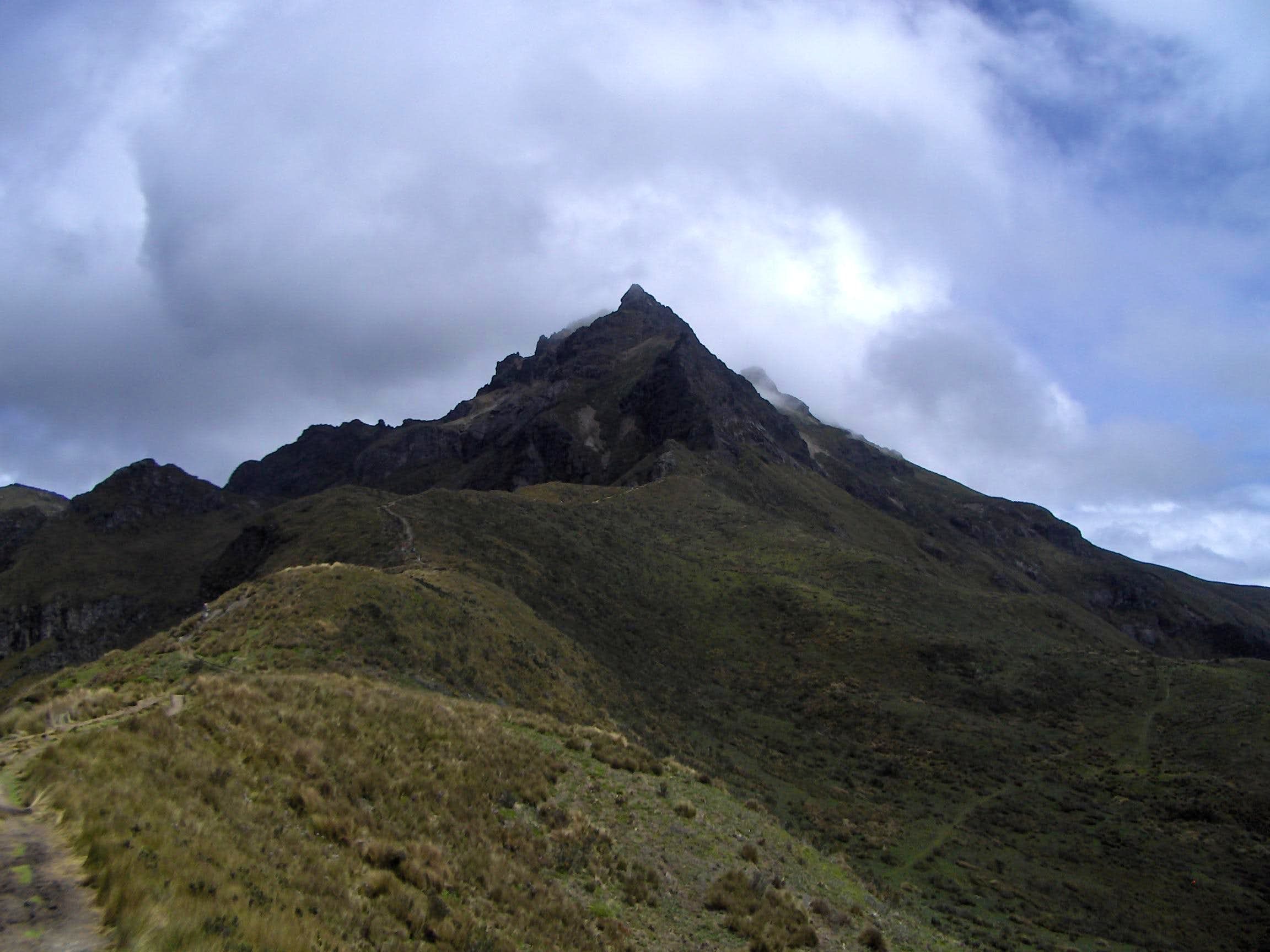 Rucu Pichincha, the first mountain I\'ve been at!