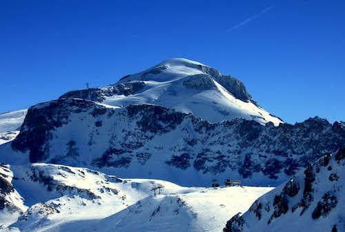 Giant Snow Dome: La Motte