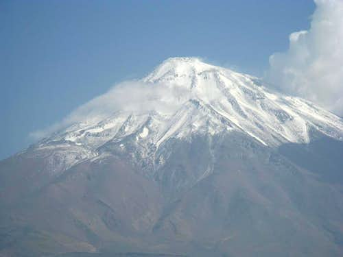 Damavand From Polur (Zoom)