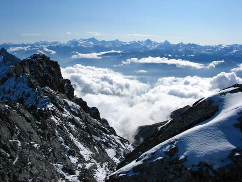 Summit view from Grand Muveran 3051m