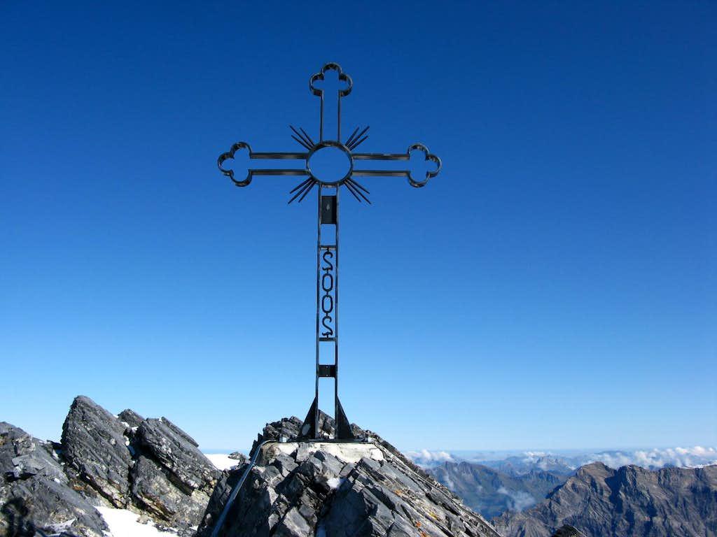 Summit cross of Grand Muveran 3051m