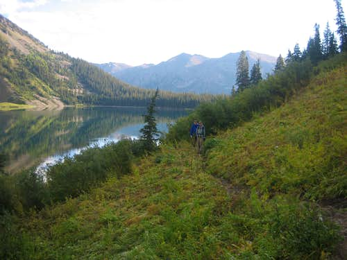 Snowmass Lake southern trail
