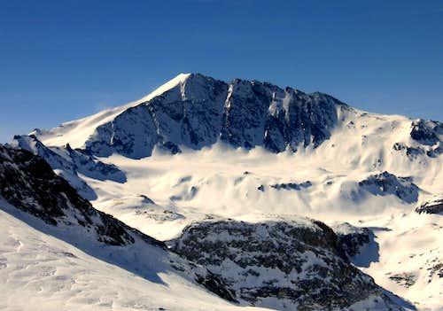 Beautiful Pointe de la Sana (3436m)