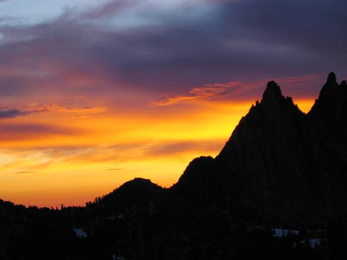 Prusik Peak sunrise