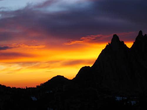 Prusik Peak sunrise