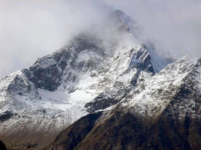 il Monte Emilius mt. 3559...