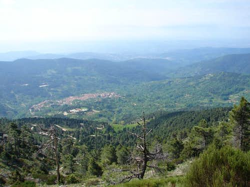 El Arenal Valley
