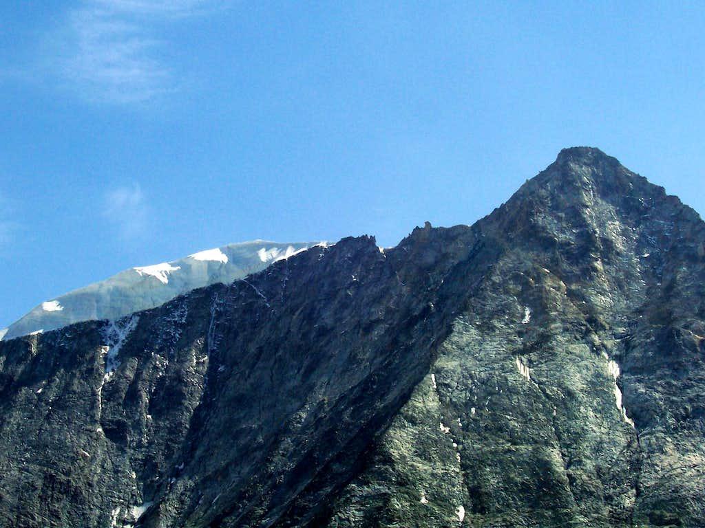 Close up of the Mont Blanc de Cheilon