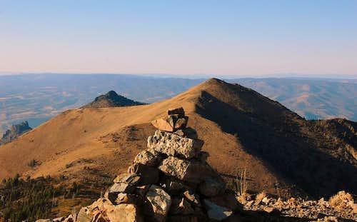 Fields Peak summit cairn and Pt. 7264