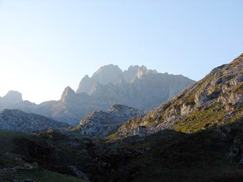 Peña Santa de Enol (2482m)