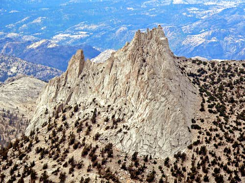 Cathedral Peak from Echo Ridge