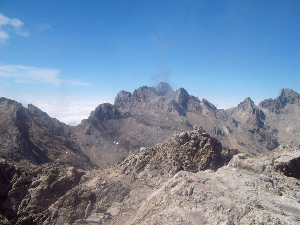 View from Torre de Horcados Rojos summit
