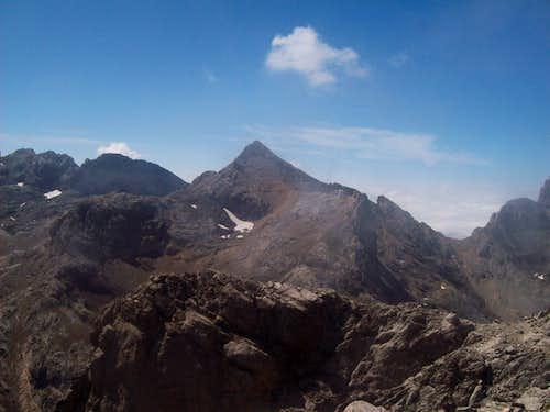Pico Tesorero from the summit of Torre de los Horcados Rojos
