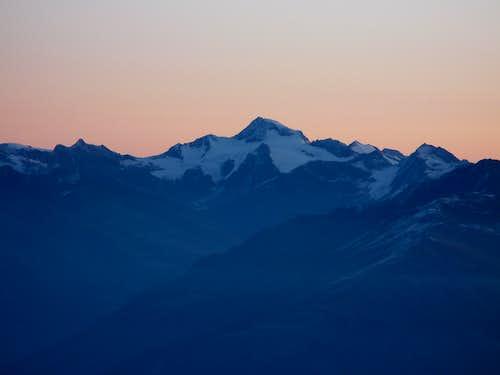 Weisskugel moments before sunrise