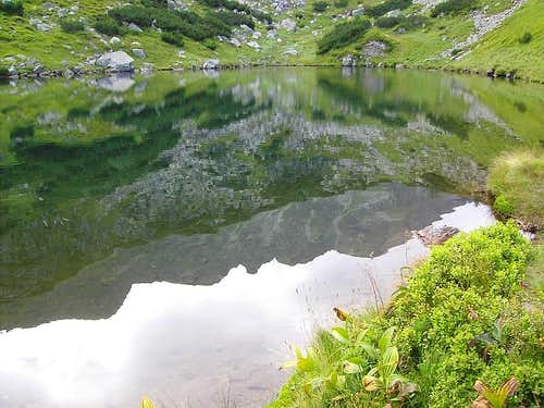 Rohackie Pleso Reflection