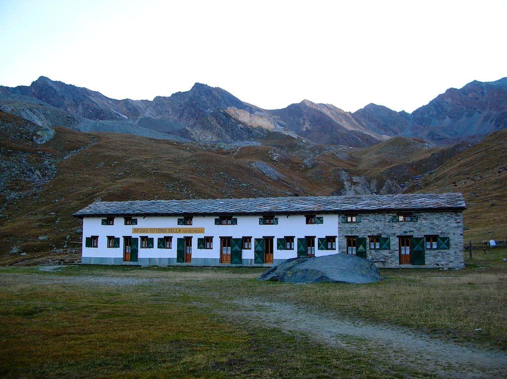 Vittorio Sella hut