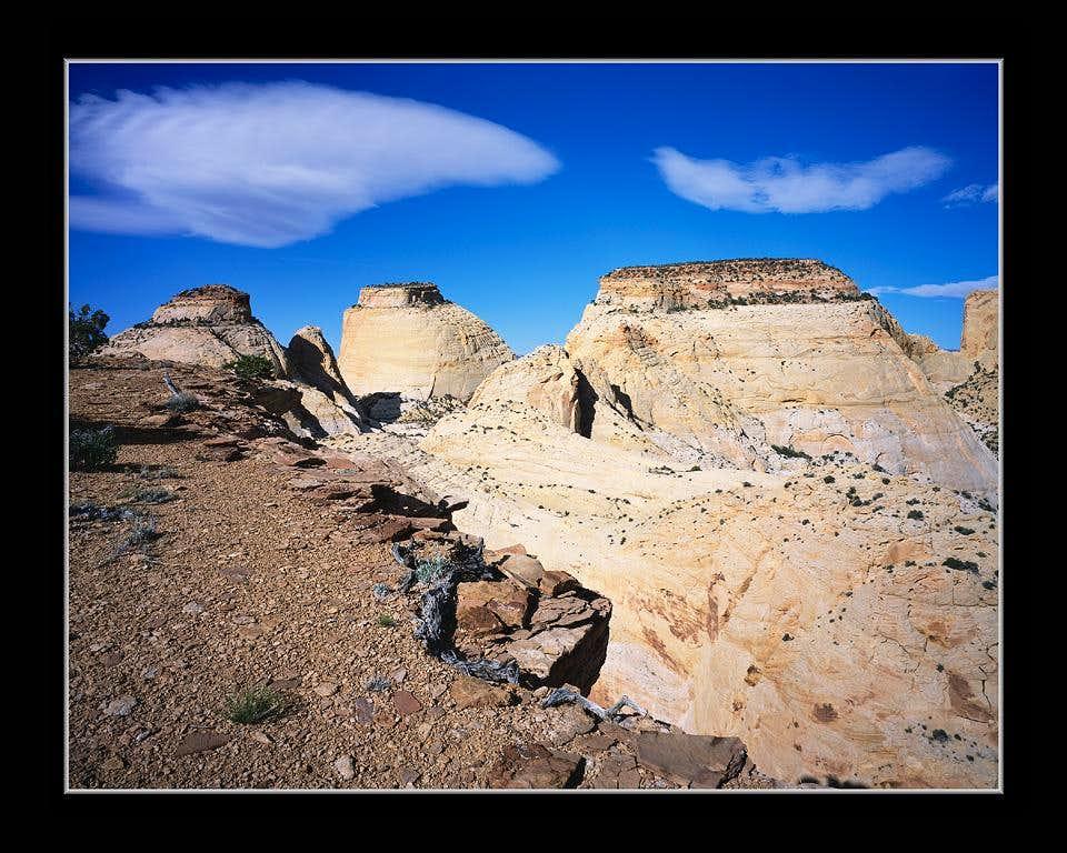 Golden Throne, Navaho Towers & Cliff Edge
