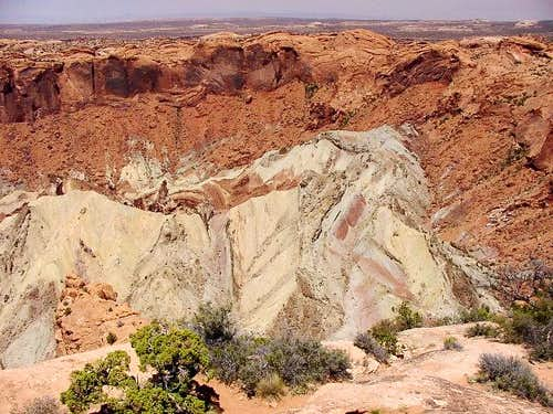 Upheaval Dome [18 May 2002]