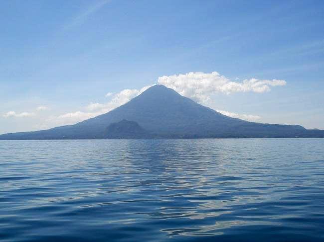 Toliman volcano and Cerro de Oro