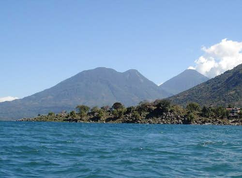 volcan Toliman and Atitlan