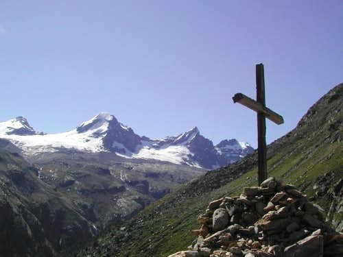 Ciarforon <i>3642m,</i> between Tresenta <i>3609m</i> and Becca di Monciair <i>3544m,</i> from  Roley Cross