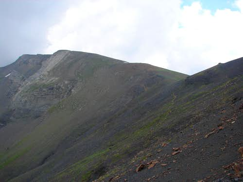 Peak and pass of Castanesa