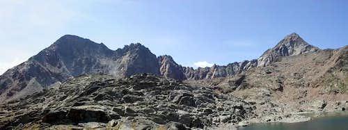 from Grauson <i>3240 m</i> to punta Garin <i>3448 m</i>