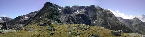 Looking towards Pointe de Drône<br> from Col des Chevaux <i>2716m</i>
