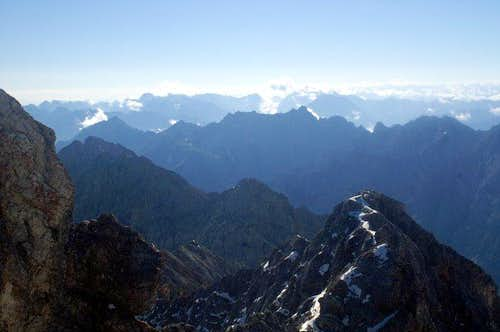 First parts of the ridge as seen from Zugspitze.
