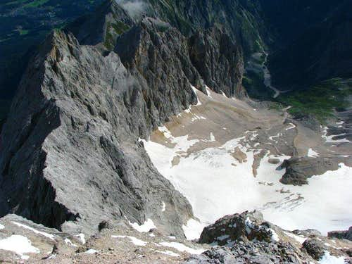 Shot from Zugspitze - Hoellental route and ferata is down there..