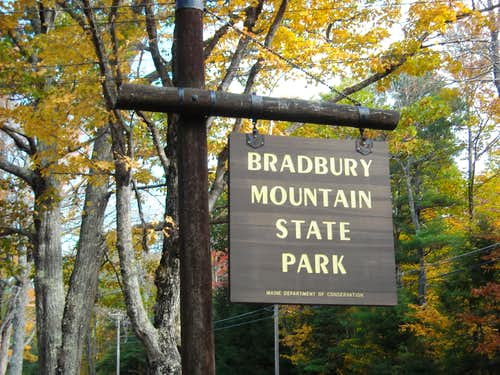 Bradbury Mountain Official Entrance