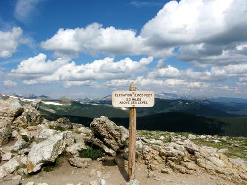 Rocky Mtn NP - Easiest 12,005 ft you\'ll climb!