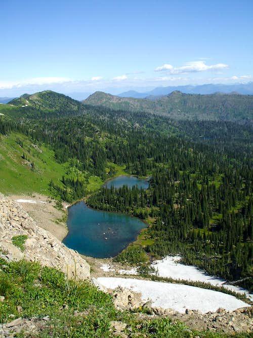 Picnic Lakes